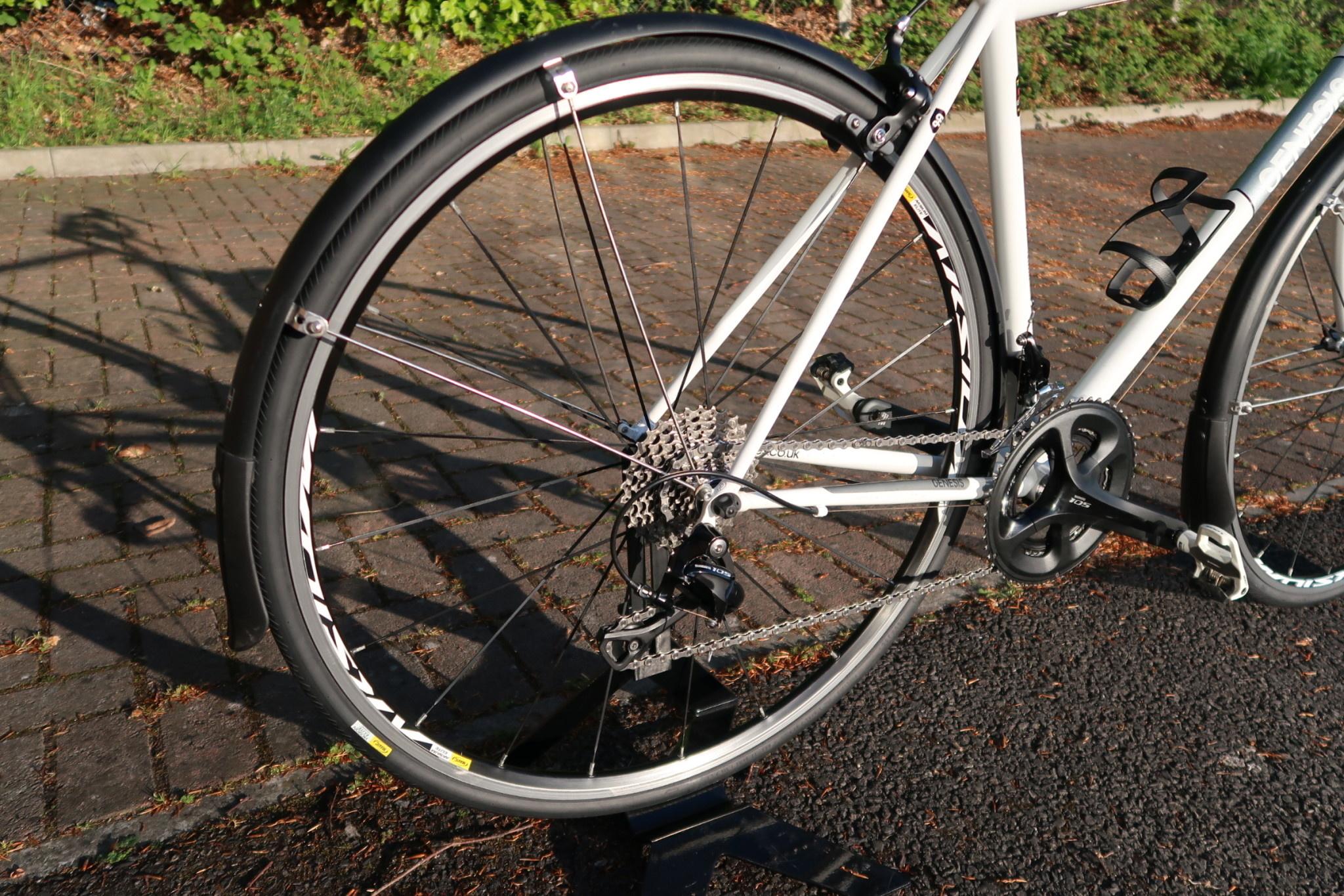 GENESIS Pre-Loved Genesis Equilibrium Steel 105 Mavic White 54 cm/Medium