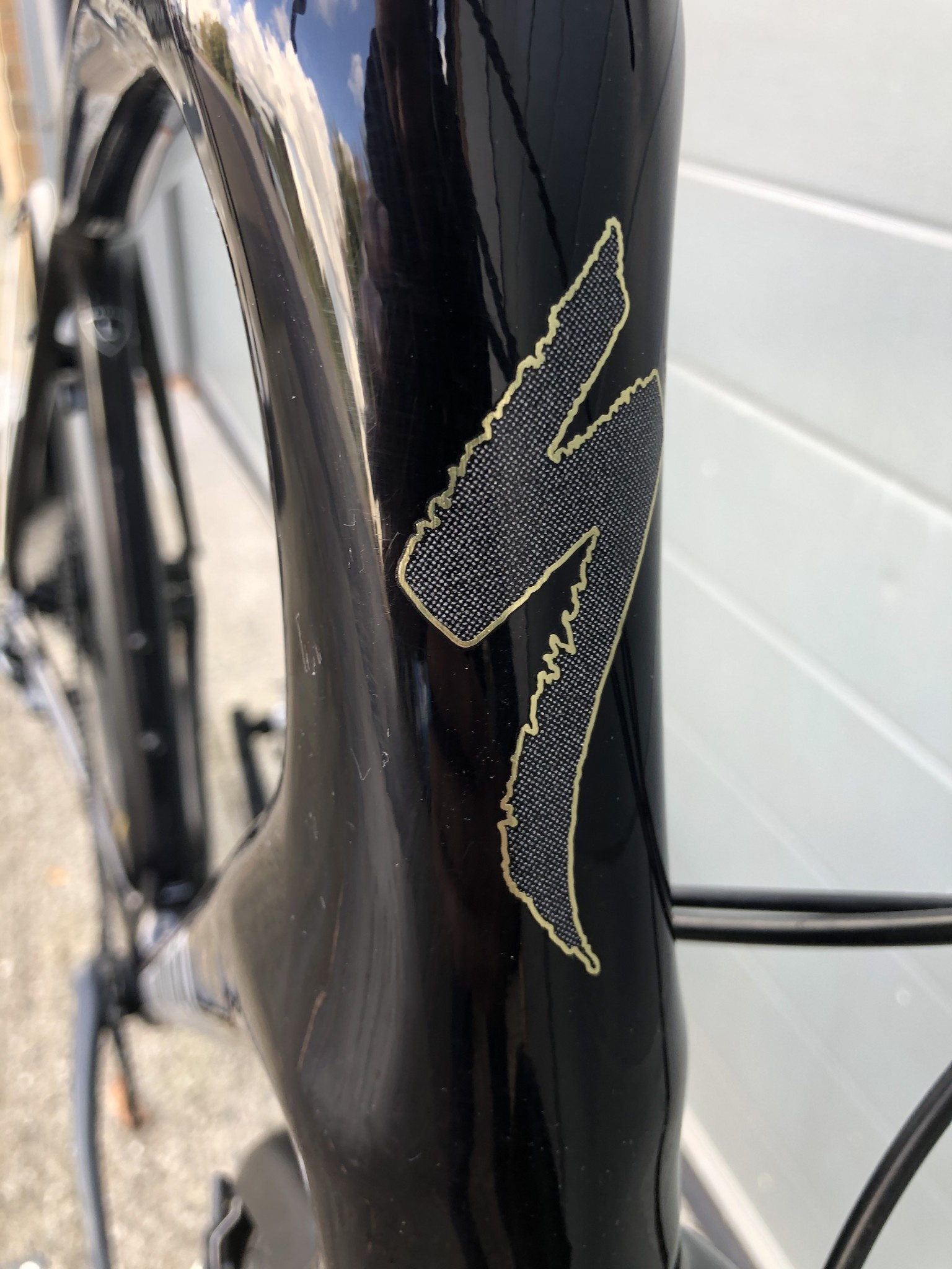 SPECIALIZED Pre-Loved Sirrus X Black/Gold Large c/w mudguards