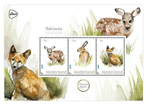 Haas, vos en hert postzegels en kaarten.