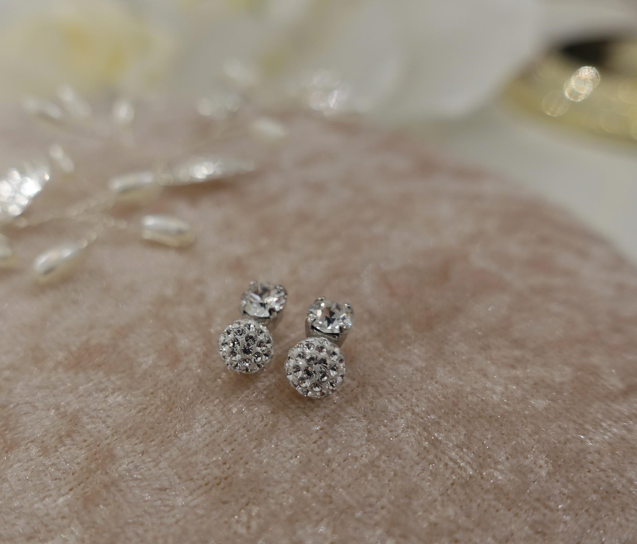 Knopje met diamant en bolletje, 8mm-1