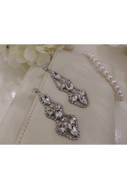 Zilveren hangers diamant