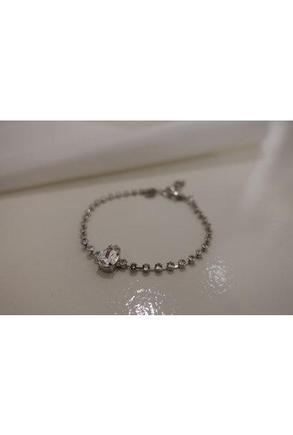 Zilveren armband met steentje