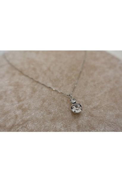 Zilveren ketting met diamantjes, 2