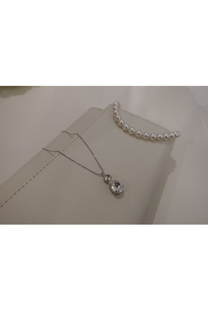 Ketting met diamanten hanger, zilver