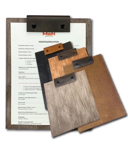 Klemkaart met lederen label met drukknopen