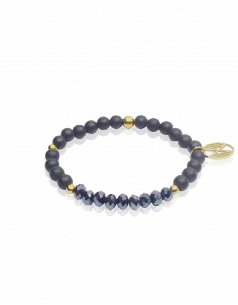 Midnight blue armband van matzwarte agaat en facetkralen