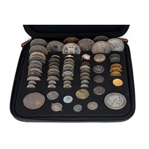Kapaan coins / rings storage box