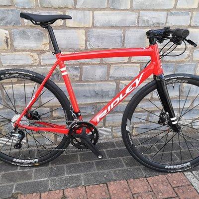 Ridley Fenix Hybrid Medium (56cm) - Tiagra + Vision Team 30