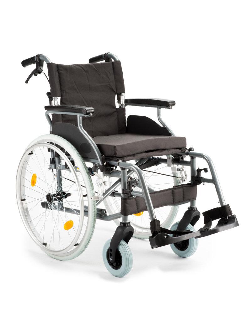 M5 rolstoel zitbreedte 45cm