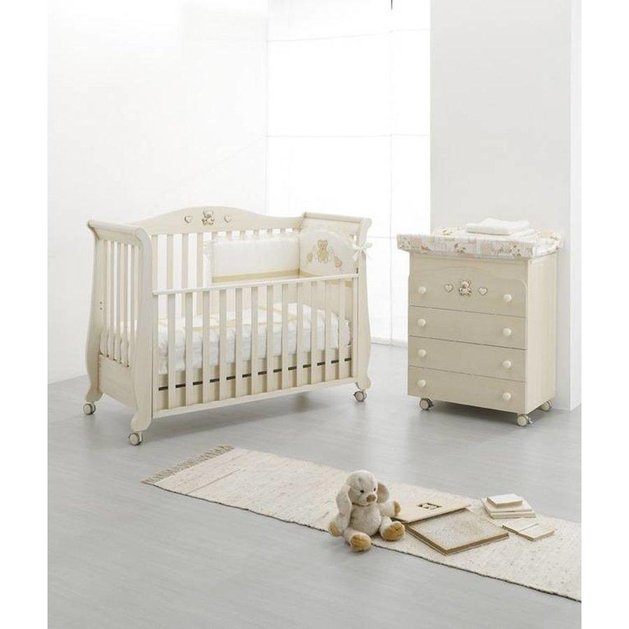 Babykamer Royal  Antique-1