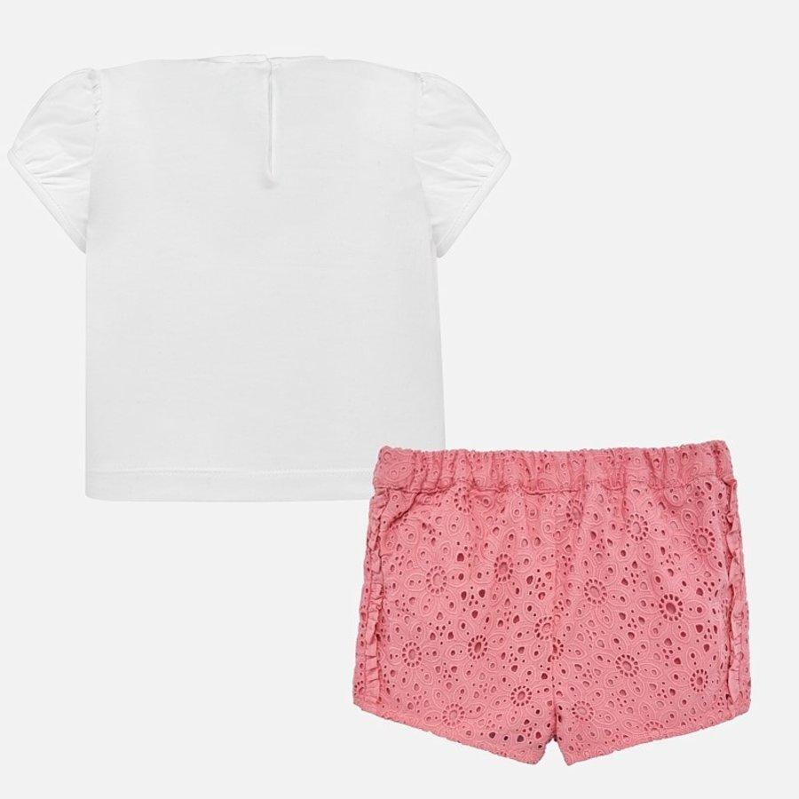 broek met t-shirt-2
