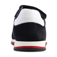 thumb-sneakers-2