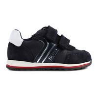 thumb-sneakers-4