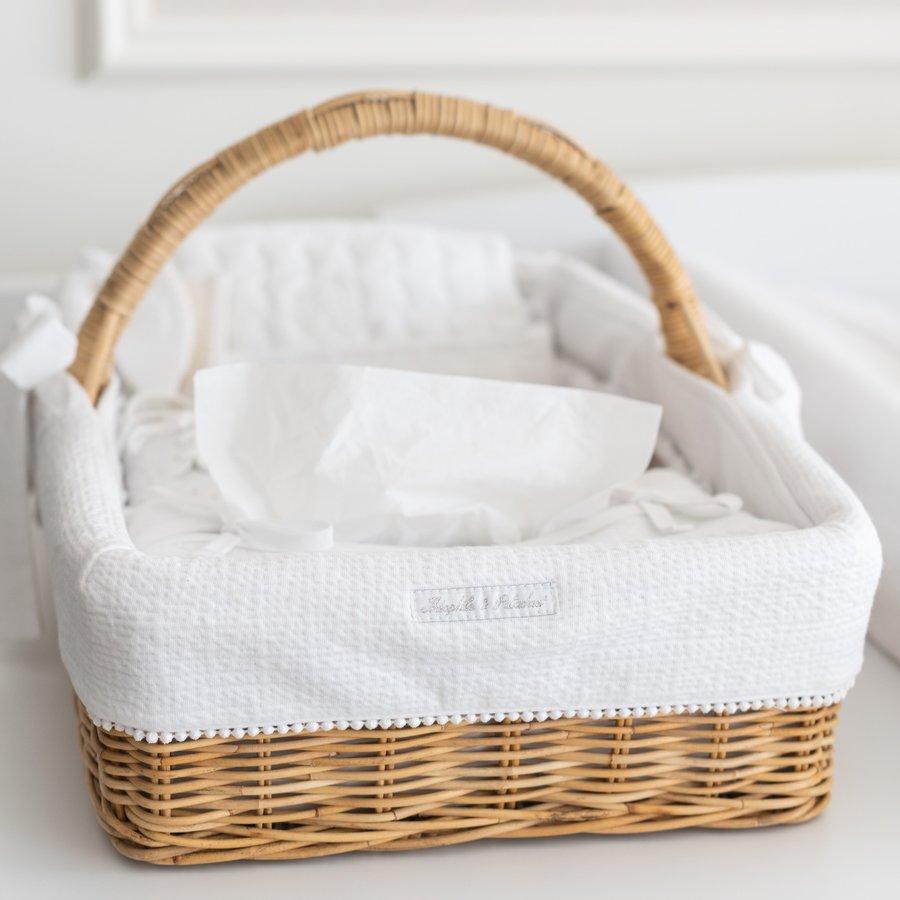 Cotton White Rieten verzorgingsmand met handvat + bekleding gewafeld-2