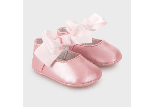 Mayoral babyschoentje met strik - roze