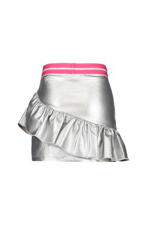 B.Nosy rok silver fake leather with slanted ruffle silver