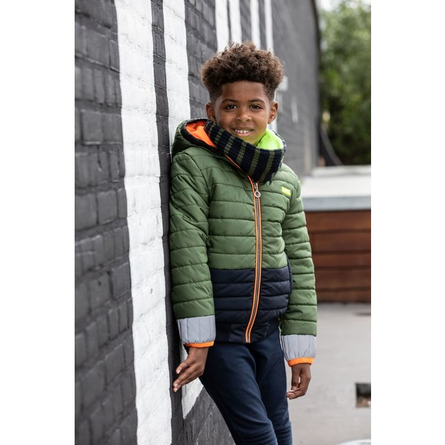 B.Nosy jongens winterjas with small stroke stitching and contrast sleeve-end and hem army green