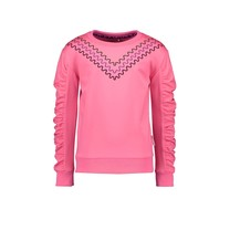 meisjes trui with v-shaped embroidery on chest knock out pink