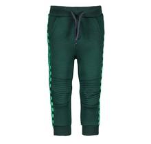 B.Nosy jongens broekje with quilted knee part botanical green