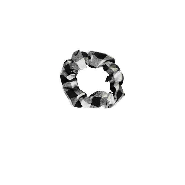 B.Nosy scrunchie sunny black/white ao