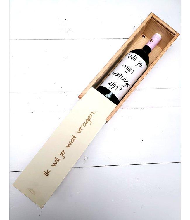 Feestdeco Wil je mijn getuige zijn - gegraveerde wijnkist incl. etiket