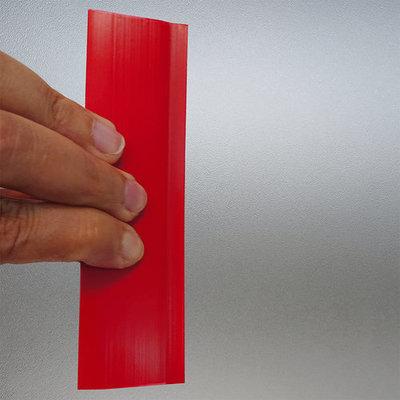 kunststof spatel voor het aanbrengen van de raamfolie