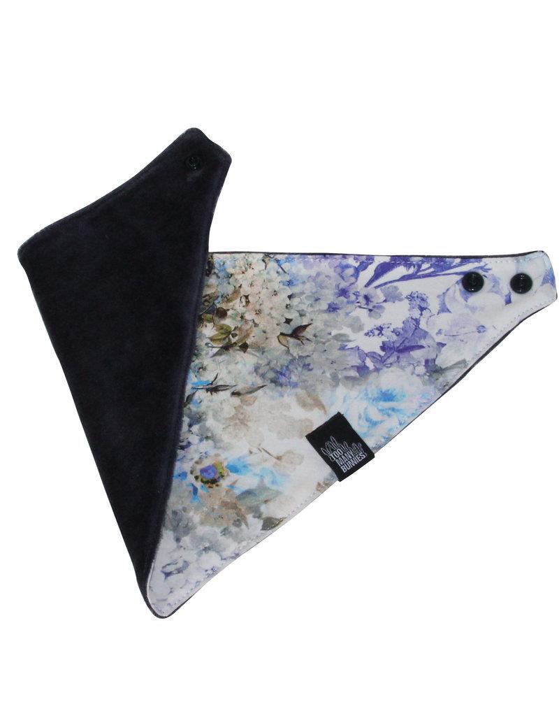 TOO MANY BUNNIES Zeversjaal Blauwe Bloemen
