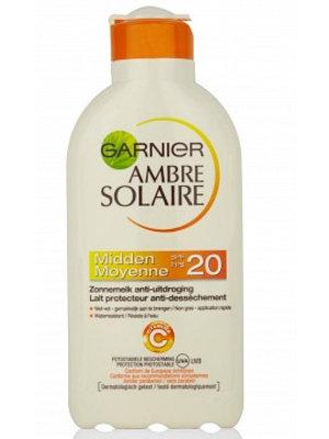 Garnier Garnier Ambre Solaire Zonnemelk Spf 20 - 200 Ml