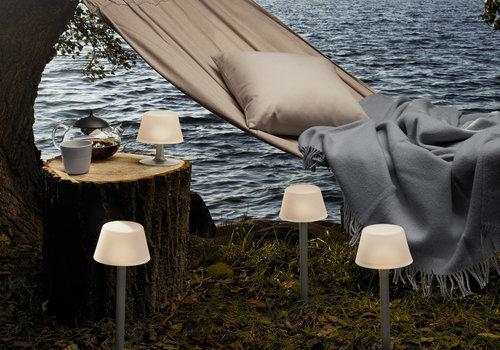 Eva Solo Tuinlamp draadloos op zonlicht