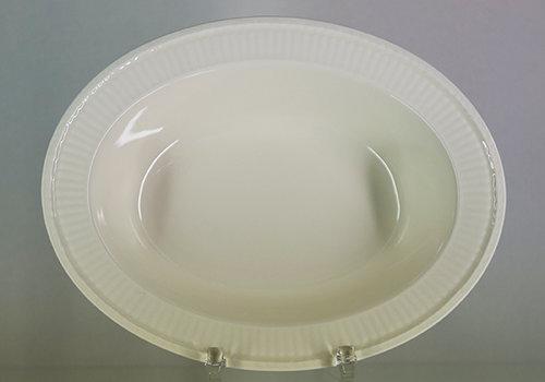 Wedgwood Diepe ovale groenteschaal / Baker 27 cm Edme