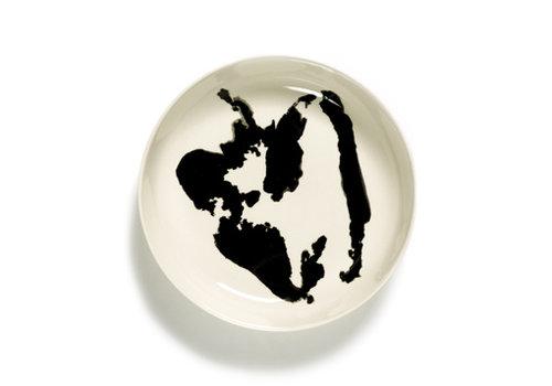 Serax Diep bord 22 cm Feast Ottolenghi wit met zwarte paprika