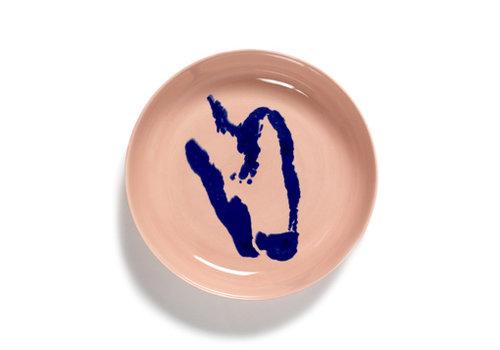 Serax Diep bord 22 cm Feast Ottolenghi roos met blauwe paprika