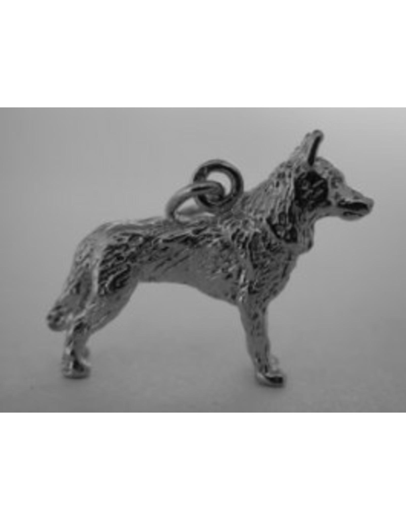Handmade by Hanneke Weigel Zilveren Saarloos wolfshond