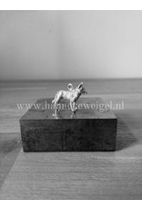 Handmade by Hanneke Weigel Zilveren amerikaanse / canadese witter herder