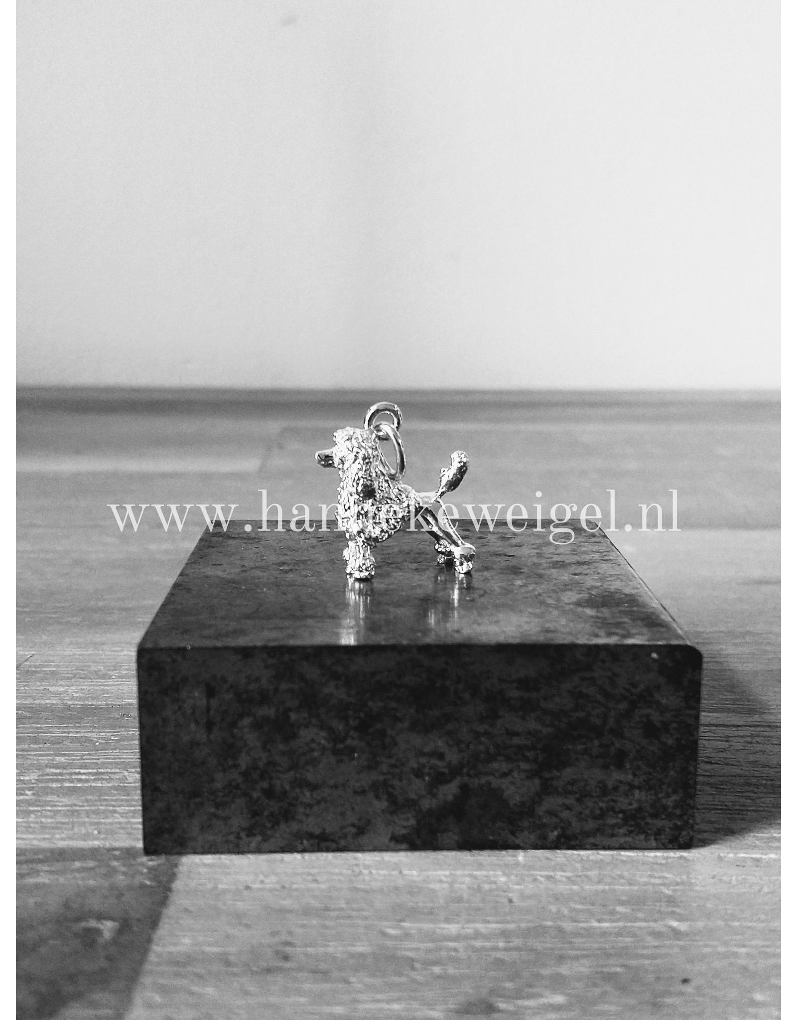 Handmade by Hanneke Weigel Zilveren Koningspoedel