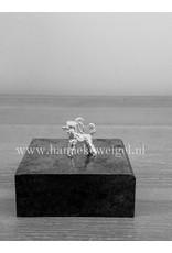 Handmade by Hanneke Weigel Zilveren Standaard poedel