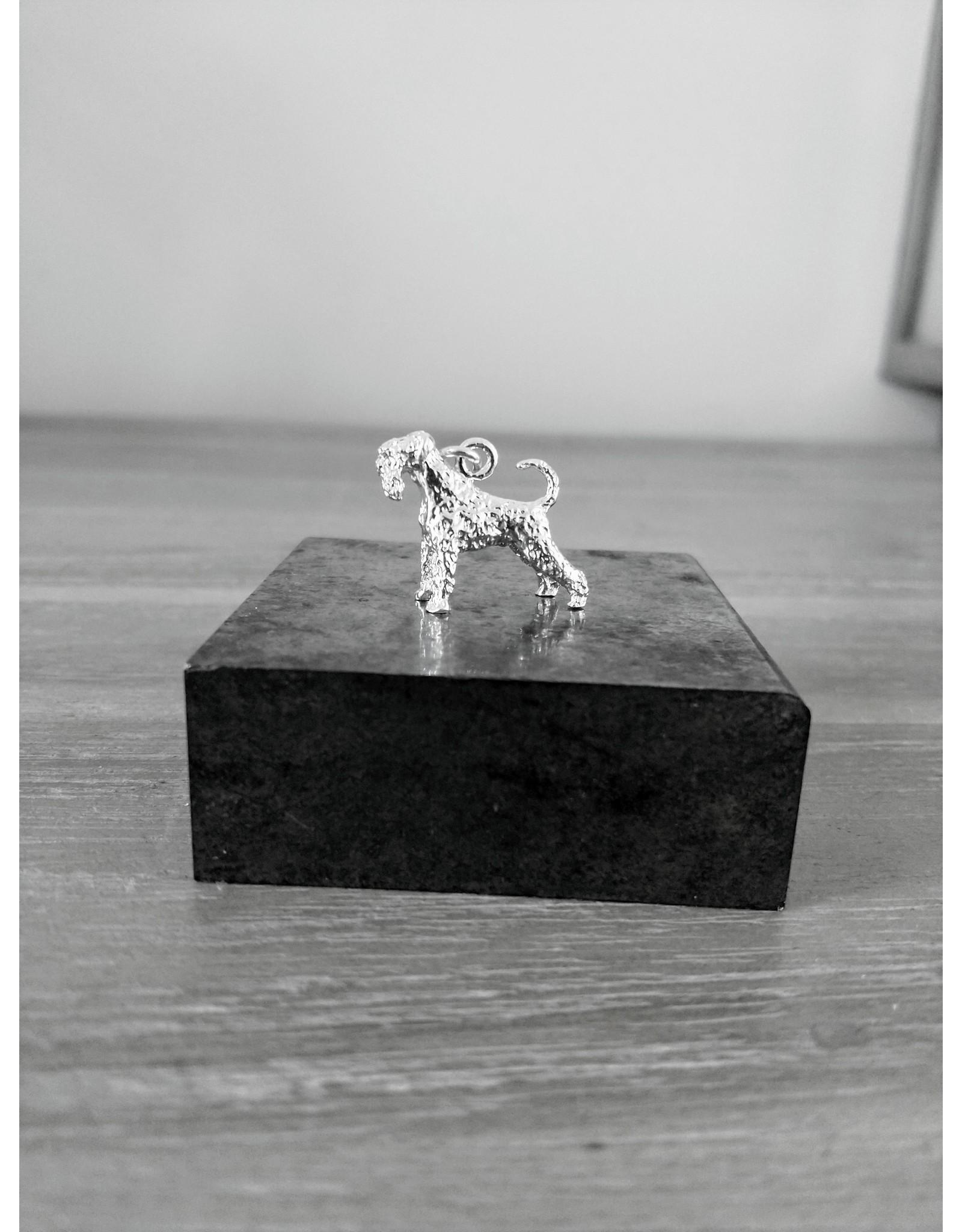 Handmade by Hanneke Weigel Zilveren Dwergschnauzer