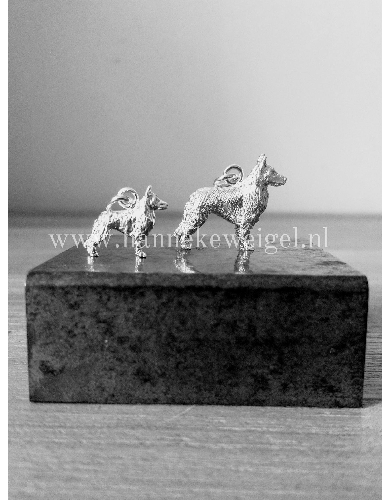 Handmade by Hanneke Weigel Zilveren Tervurense herder