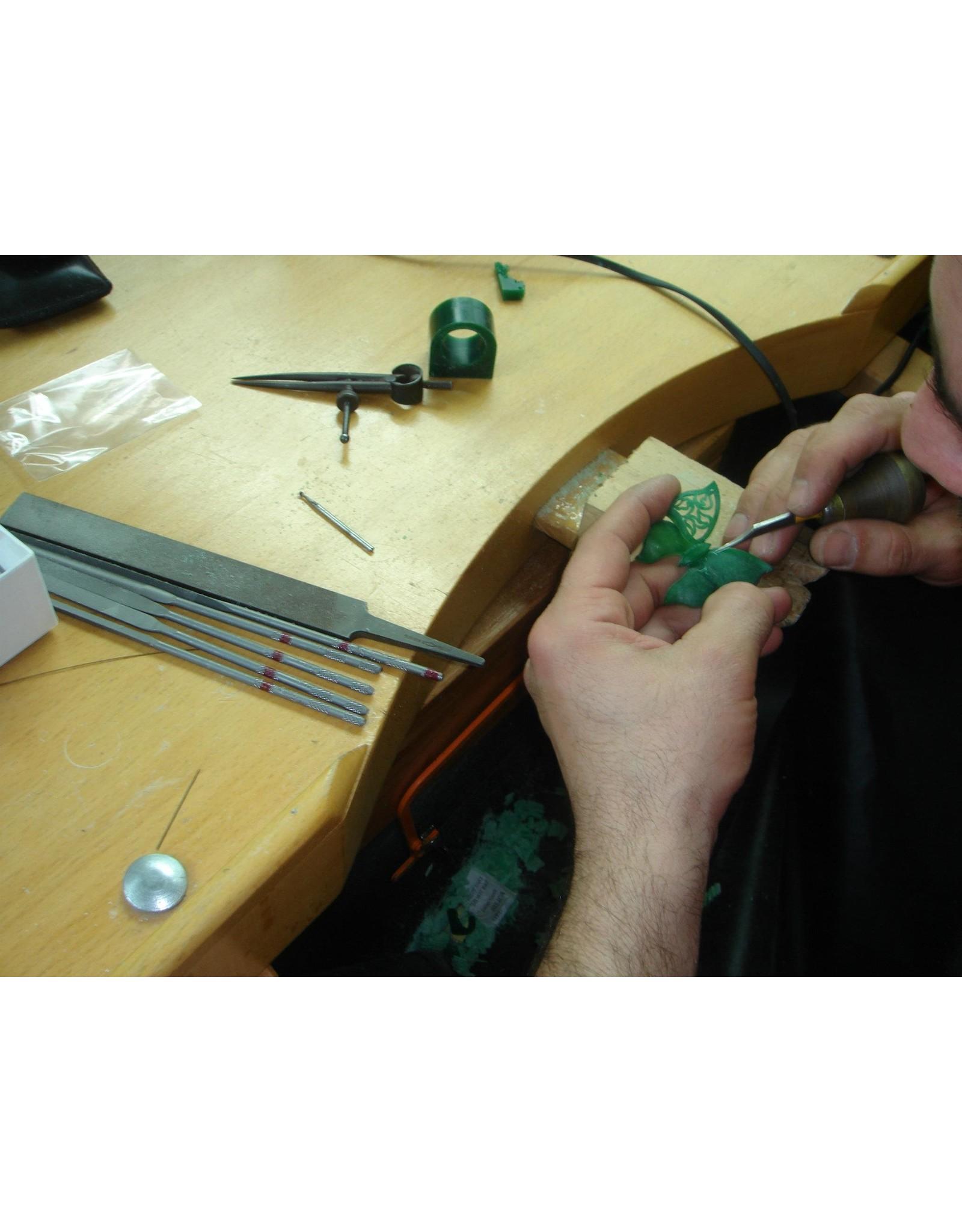 Workshop speciale technieken: zilveren ring in was