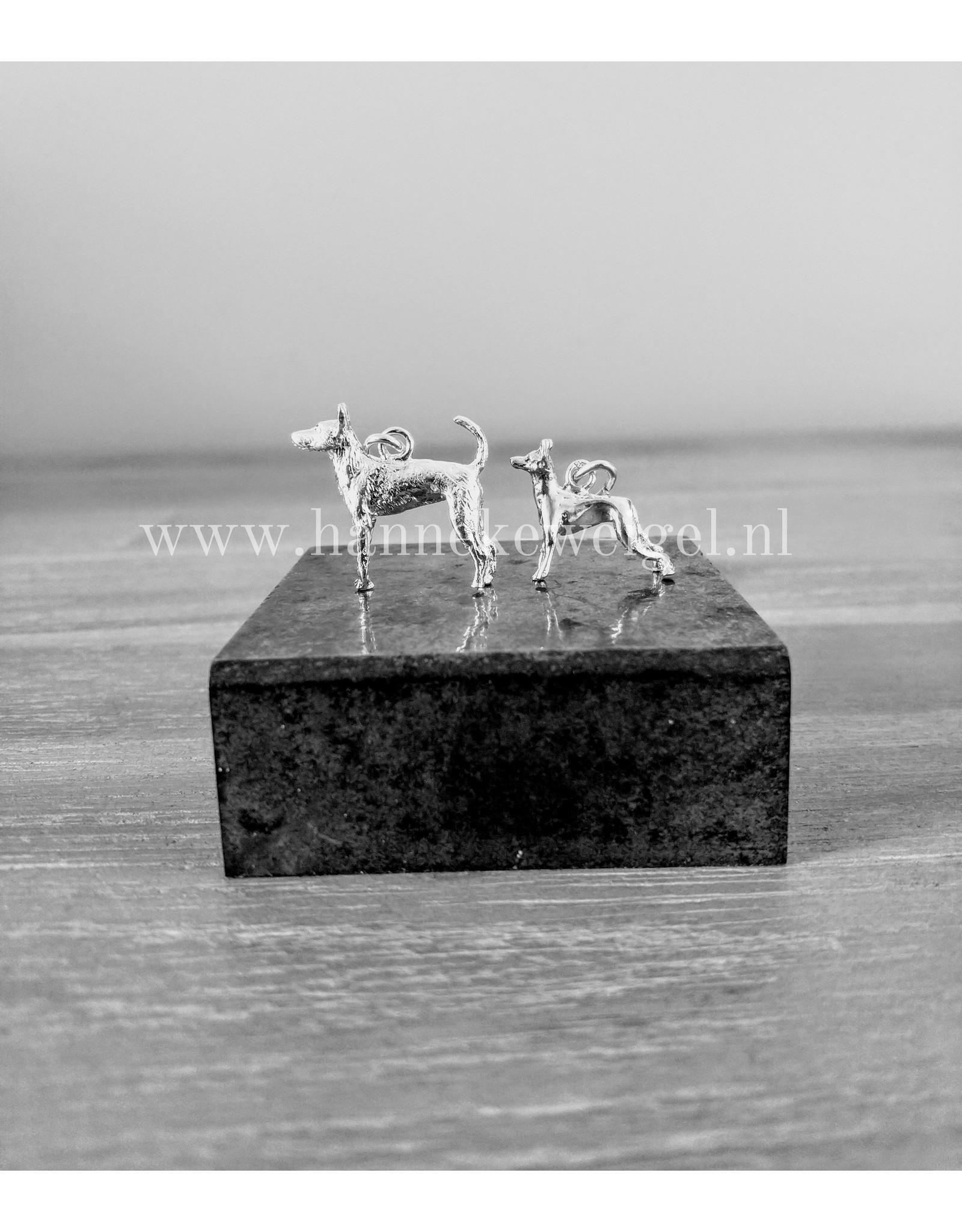 Handmade by Hanneke Weigel Zilveren Portugese podenco