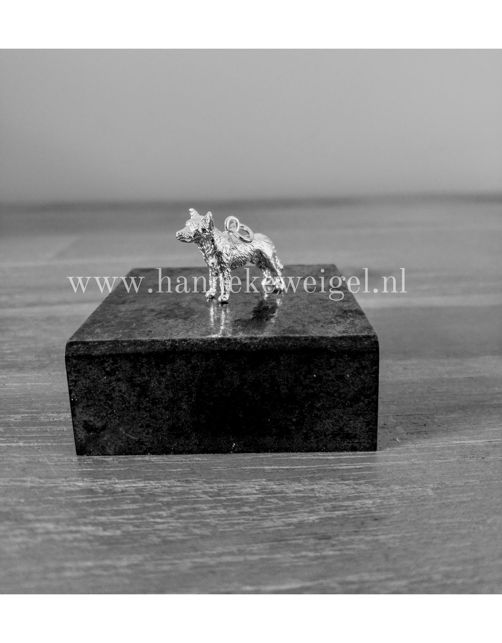 Handmade by Hanneke Weigel Sterling silver Cattle dog