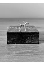 Handmade by Hanneke Weigel Zilveren Bloedhond