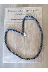 Handmade by Hanneke Weigel Pearl necklace blue 5- 5.5 mm