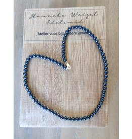 Handmade by Hanneke Weigel Parelketting blauw 5 - 5.5 mm