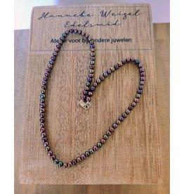 Handmade by Hanneke Weigel Pearl necklace bronze 4.0- 4.5 mm