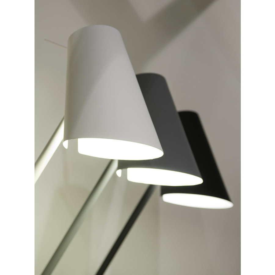 Vloerlamp Cardiff in zwart, wit of grijs-8