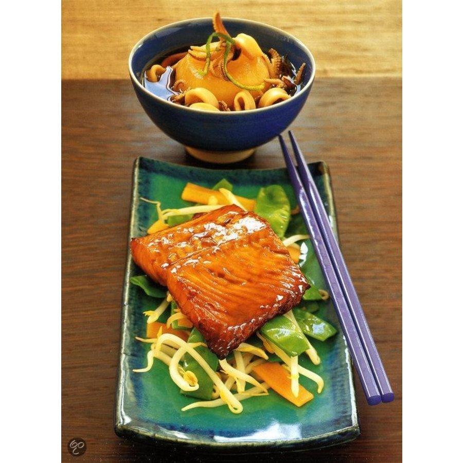 Cadeau: Minibijbel Japanse keuken met Serveerplank Rozenhout-6