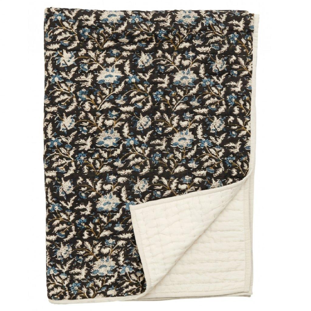 Nordal Quilt, flowers, black/beige, off w.back