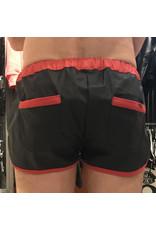 Sport shorts zwart met rode strepen