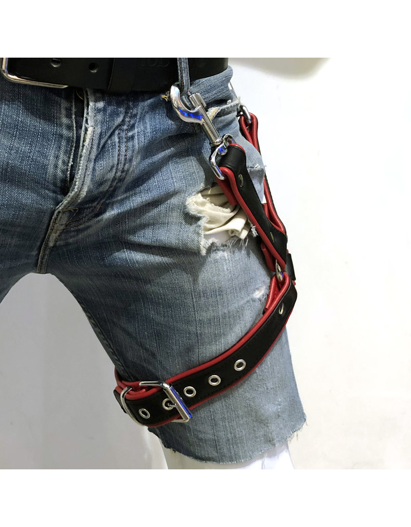 RoB Thigh harness black on red